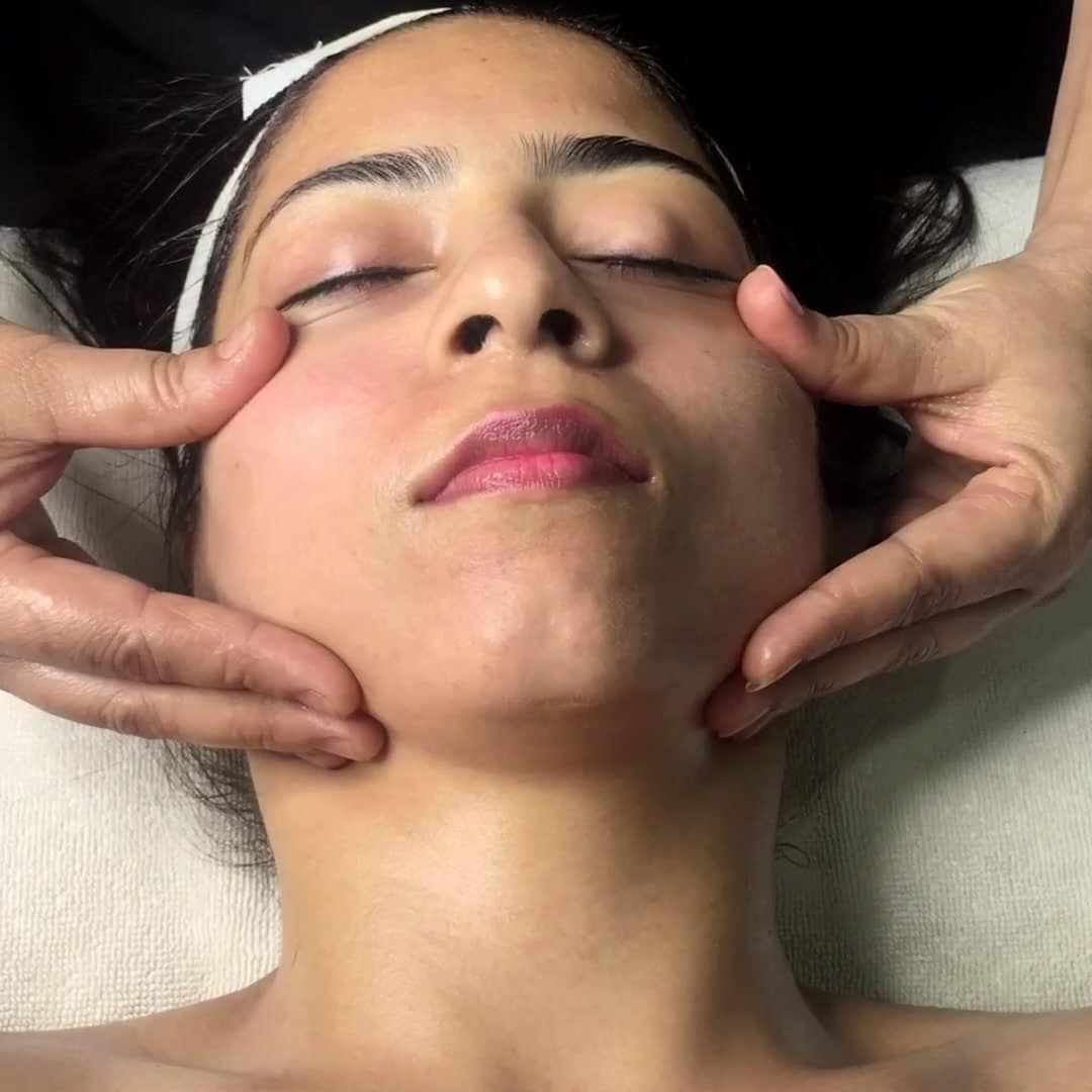 express facial levo spalon