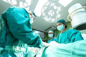 doctors, performing, operation